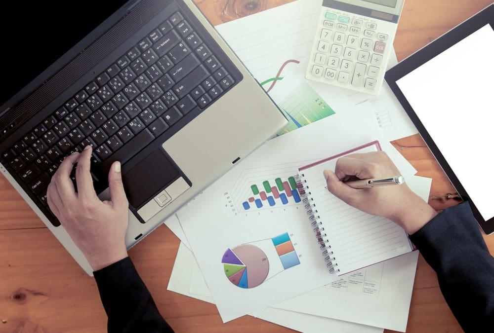 تعرَّف على أنواع التقارير .. وما هي التقارير المالية وأنواعها